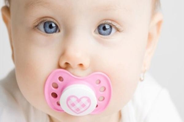 Bebeklerde Yalancı Meme Alışkanlığı