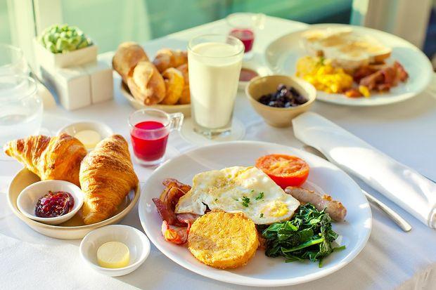 Kahvaltı Sonrası Açlık Hissi Neden Olur