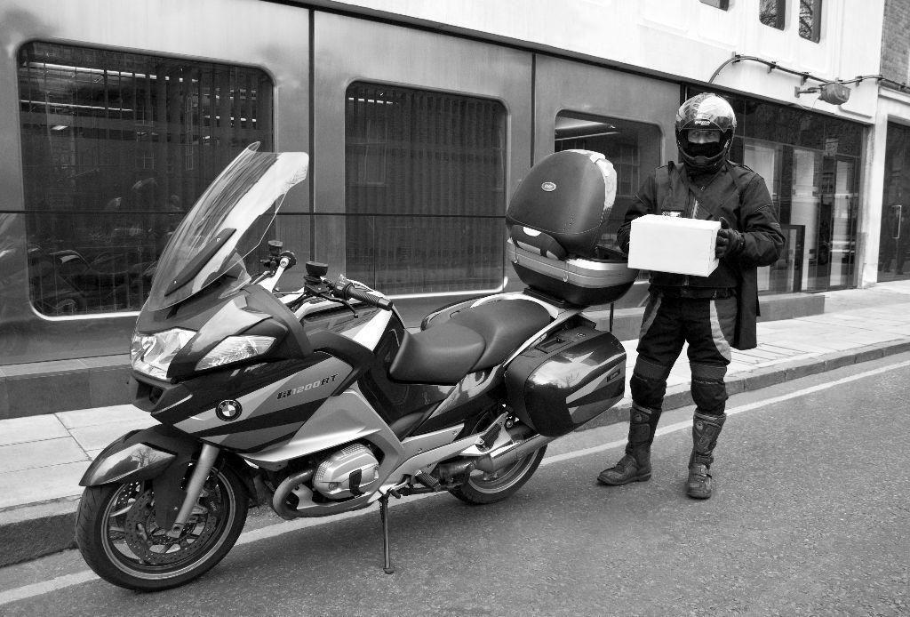 Kimler Moto Kurye Olabilir?