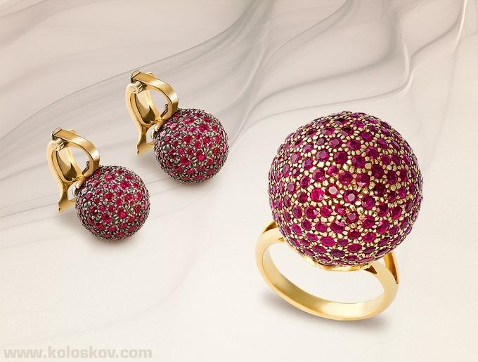 Mücevher ile kıyafet uyumu nasıl sağlanır?