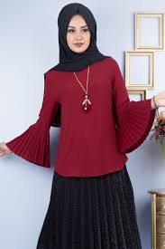 0e6fc528a20eb Tesettürlü Kadınlar İçin Bluz Modelleri